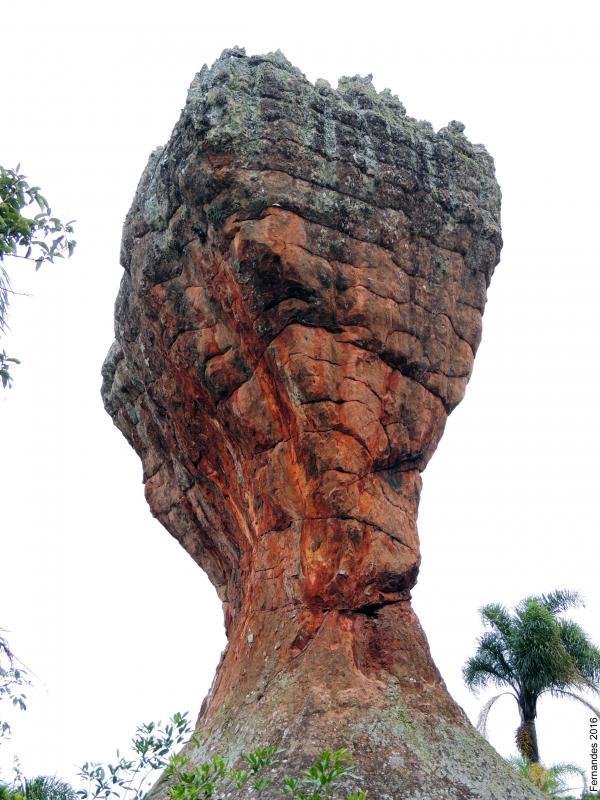Arenitos ruiniformes de Vila Velha